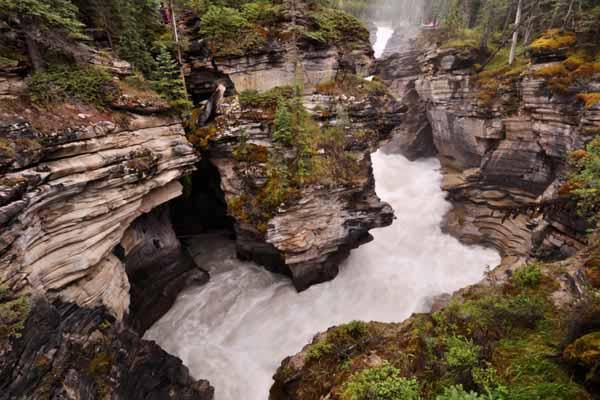 阿萨帕斯卡尔瀑布