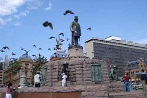克鲁格总统雕像