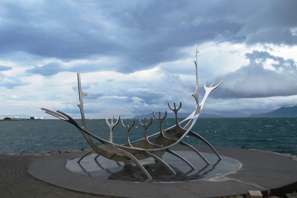 太阳航海者雕塑