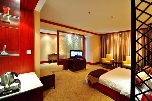 图三 酒店优雅的房间