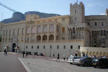 摩纳哥亲王宫和王宫广场